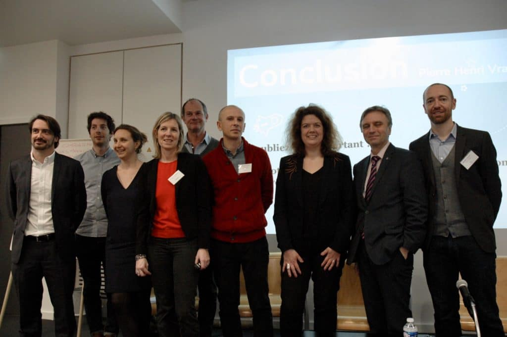 Les organisateurs Altitud'RH et La Fabrique Humaine avec les intervenants de l'événement Transformation numérique : levier d'innovation managériale pour la fonction publique du 1er mars 2018 à l'IRA de Lyon